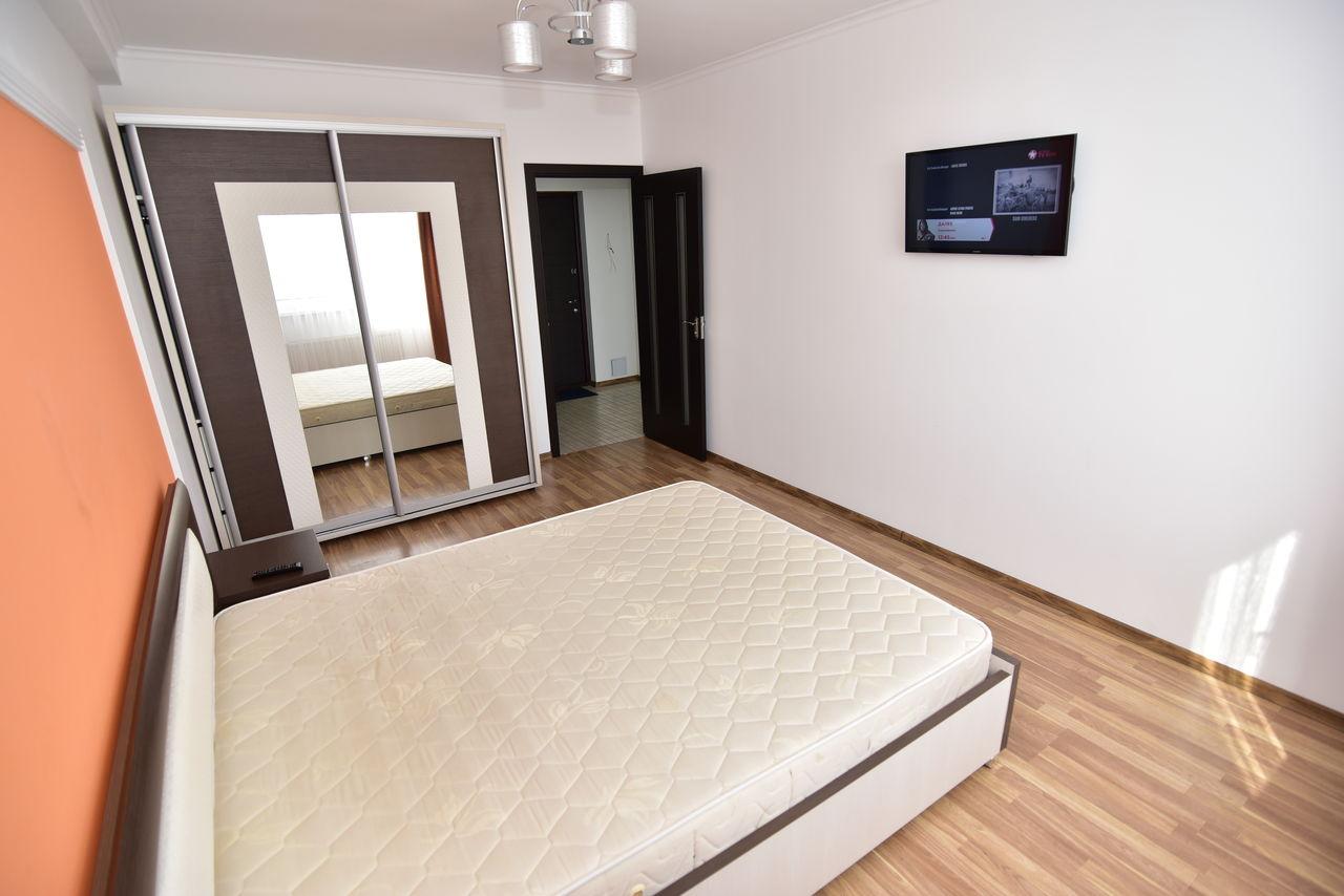 Proprietar, vând apartament cu o cameră în bloc nou