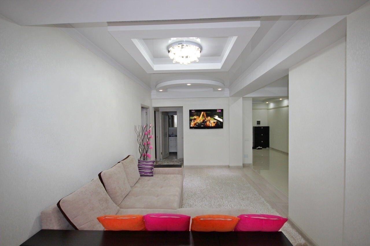Apartament cu 3 camere 80 m2 Euroreparatie